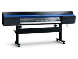 Roland DG UK anuncia disponibilidade de tinta branca para modelos TrueVIS.