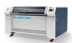 Akad traz inovações ao mercado com nova máquina a laser.