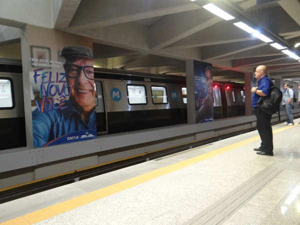 Metrôs do Rio e SP mostram campanha da Caixa Econômica Federal