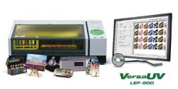 Nova impressora plana LEF-200 UV da Roland DG