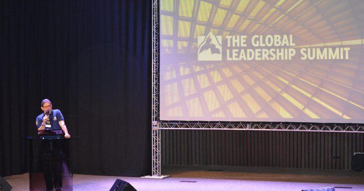 Summit Brasil incentiva capacitação de líderes