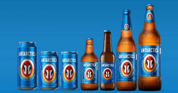 Cerveja Antarctica muda visual de seu tradicional pinguim