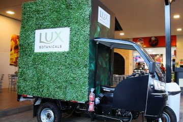 Lux Botanicals leva produtos até os consumidores em nova ação da marca
